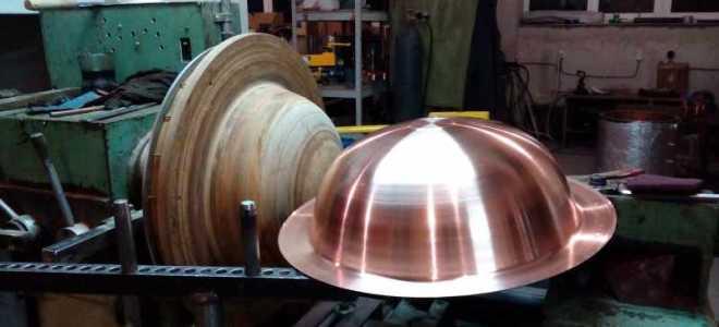Давильно раскатной станок для ротационной вытяжки металла